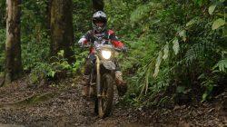 Ini Riding Gear Wajib Buat Bermain Offroad